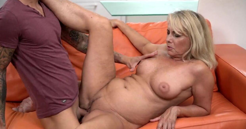 Оргазм Пожилой Порно Видео