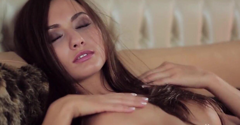 Красивые Девушки Голые Порно Смотреть Видео Скачать