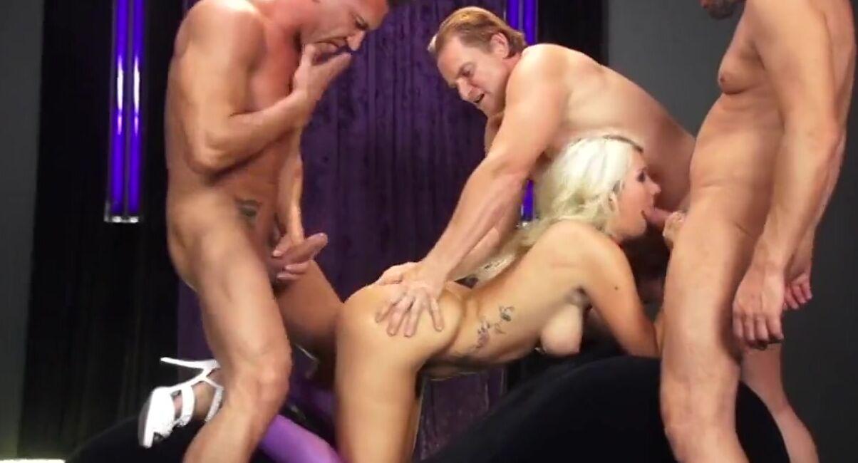 Порно Видео Секс Танцор Трахает